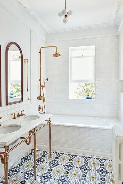 Beautiful bathroom ideas and inspiration - tile flooring #bathroomdecor