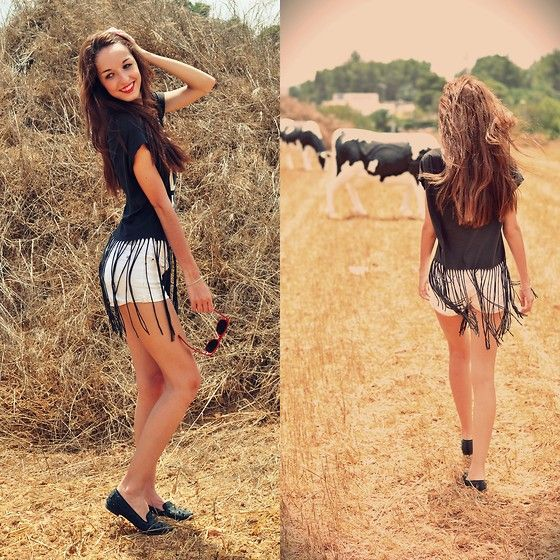 Bershka Fringed Shirt, Bershka White Shorts, Sam Edelman Slippers
