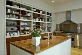 Resultado de imagen para cocinas con estantes