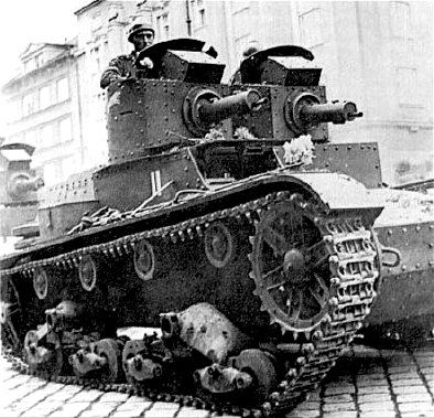 7TP — Polish light tank of the 1930s. Produced in one tower and two-tower options.
