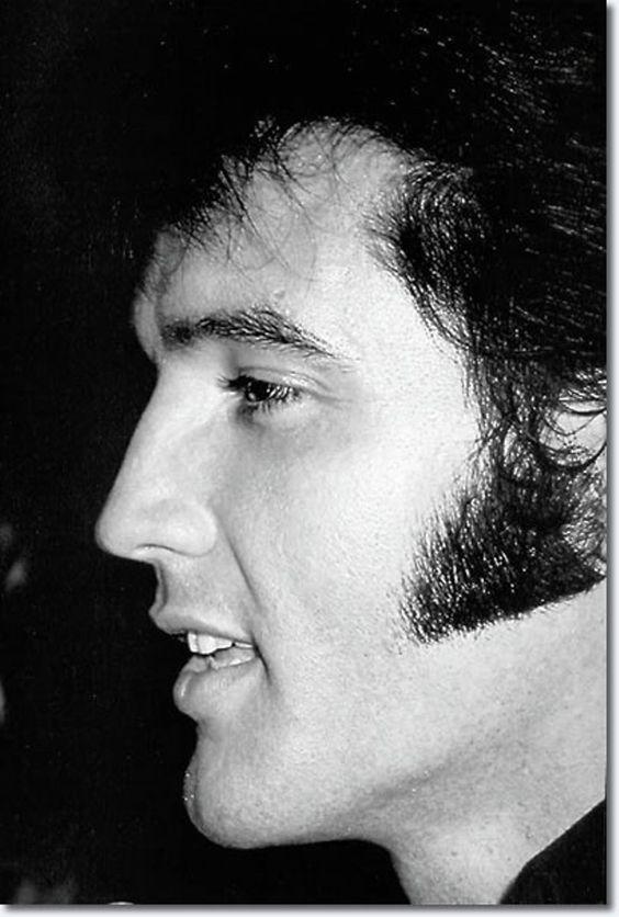 Elvis Presley (1969)
