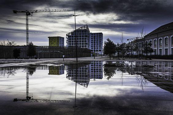 The mirror by Rémi FERREIRA on 500px