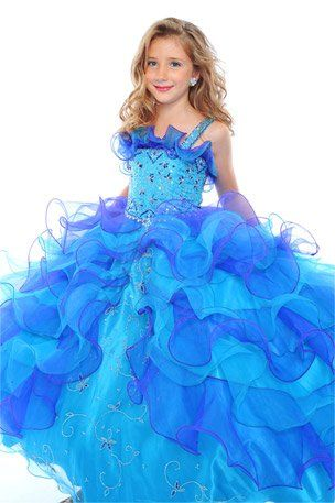 love the ruffles and the color