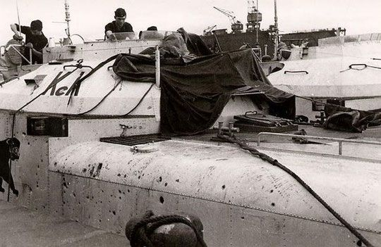 """S 188"""" (Oblt.z.S. Karcher) wird nach Gefecht mit kanadischen Korvetten am…"""