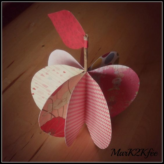 la pomme ; papier art ; MarK2Kfée