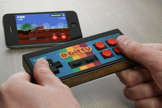 iCade 8bit bluetooth game controller  awesome