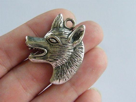 BULK 20 Wolf charms antique silver tone A288