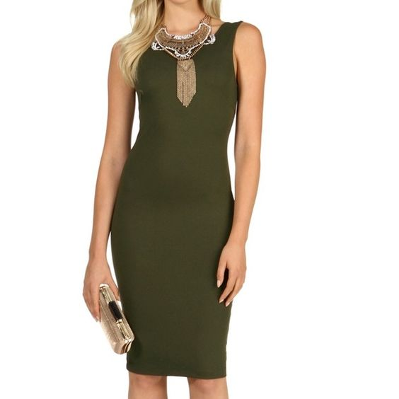 Green Midi Sexy Dress Wore once in wedding is stretchy open back im size small this dress is Xsmall is very stretch that fit me WINDSOR Dresses Midi
