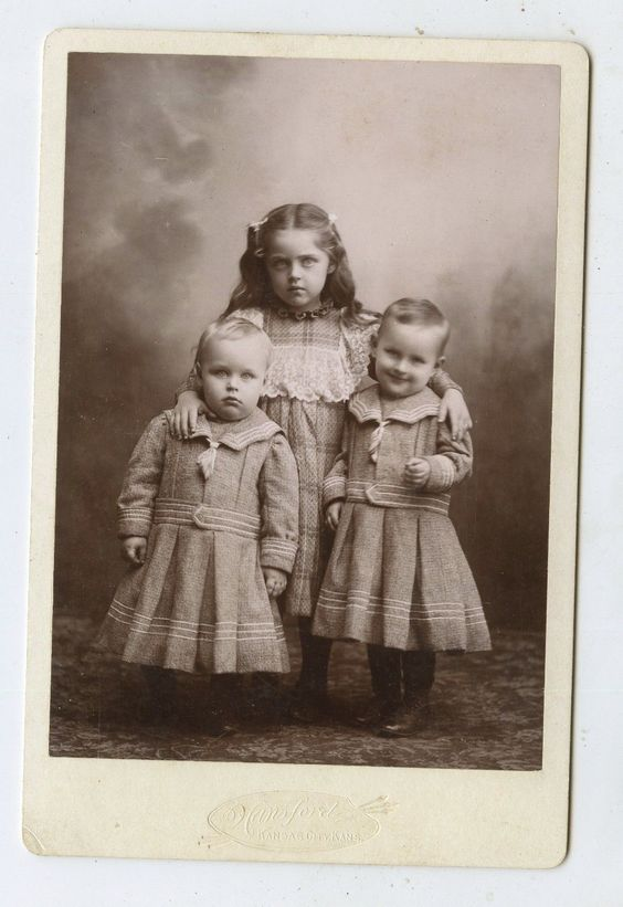 Cabinet Card Vintage Photo 2 Lil Boys Big SIS Kansas City Kansas | eBay