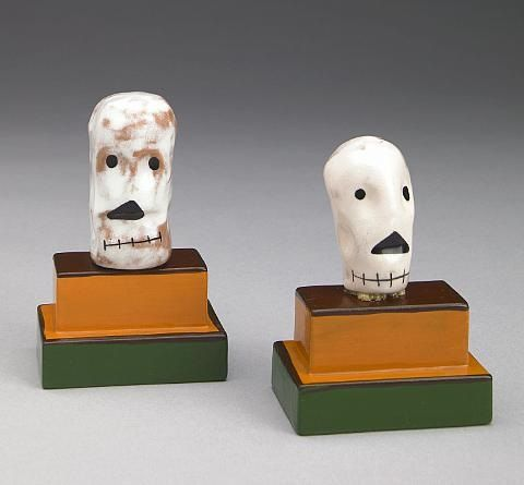 http://www.artnet.com/WebServices/images/ll01642lldFETGFgGDvCfDrCWvaHBOcGQOC/kenneth-price-skulls---from-happys-curios-death-shrine-(2-works).jpg