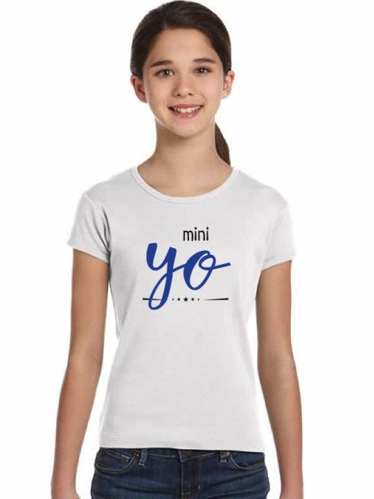 Camiseta niña MINI YO en varios colores de DECHARCOENCHARCO en Etsy