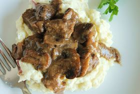 Low-FODMAP Beef Tips & Gravy