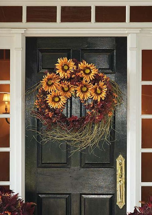 Welcome your guests and fall into your home with the vibrant and beautiful Sunflower Harvest Wreath; an billowing piece overflowing with beautiful fall foliage.