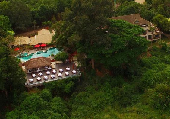 Tohsang Khongjiam Resort : Ubon Ratchathani, Thailand