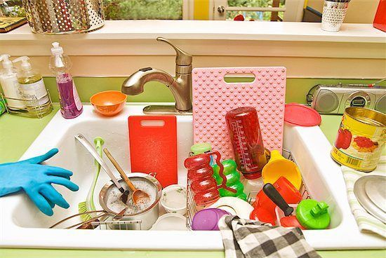 10 home organizing tips from professional organizer Regina Leeds. Even better, they're all meant to be done in 8-minutes!