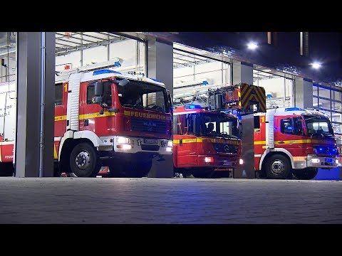 112 Feuerwehr Im Einsatz Hochhaus In Flammen Dmax Youtube Feuerwehreinsatz Feuerwehr Fahrzeuge Feuerwehr