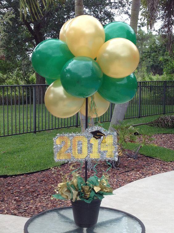 Graduation greenandgold centerpieces decorations for Balloon decoration ideas for graduation