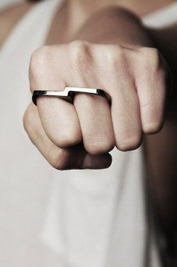 Love a Double Finger Ring