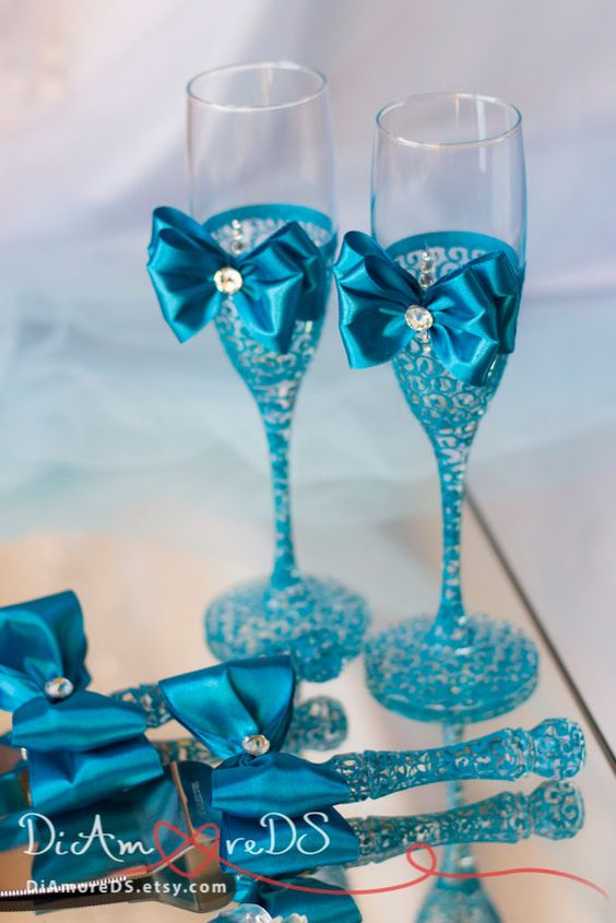wedding cake champagne glasses turquoise wedding set wedding cake server and knife by 22179