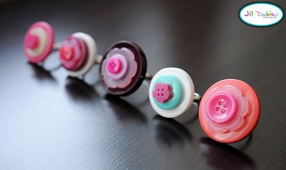 Crafts for girls....DIY Button Rings!