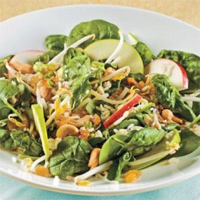Salade de bébés épinards et pommes à l'asiatique - Recettes - Cuisine et nutrition - Pratico Pratique