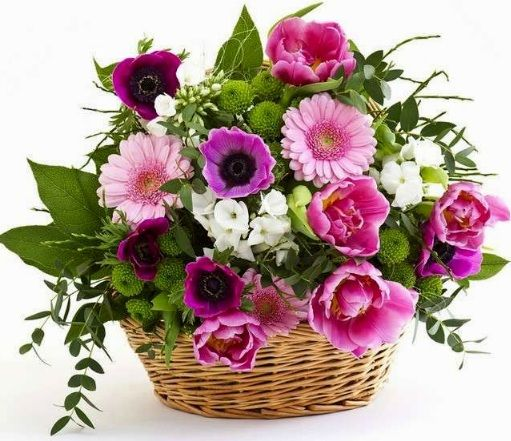 Mazzi Di Fiori Per Buon Compleanno Mazzo Di Fiori Composizione Di Fiori Finti Fiori
