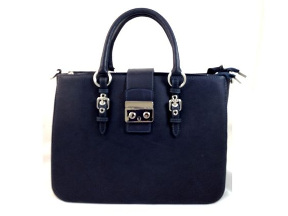 Luxuria - Womens Navy Blue Genuine #Leather #Tote Bag   3 Internal zipper compartments     Snap Closure     Extra removable strap     Color: Navy #Blue     Measurements (cm) L 35 x W 11 x H 28     Genuine Italian #Leather     Made in Italy. gvgbags.com