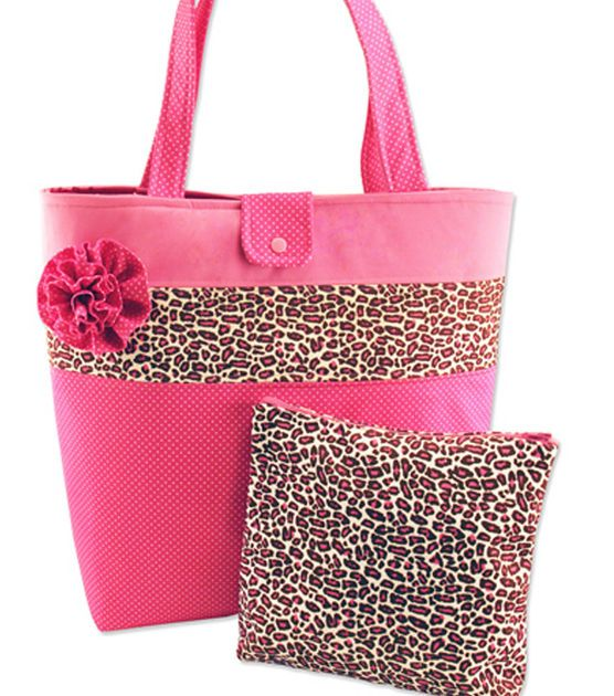 Sew adorable pink cheetah print tote bag and cosmetic case!