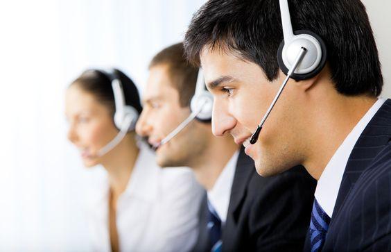 """#CustomerService Para iniciar una conversación con el cliente puede comenzar con: """"Un gusto verlo"""", """"Un placer que esté aquí"""", """"Un gusto que pase por aquí"""". El tipo de expresiones que NO se debe emplear sería """"¿Cómo está usted?"""
