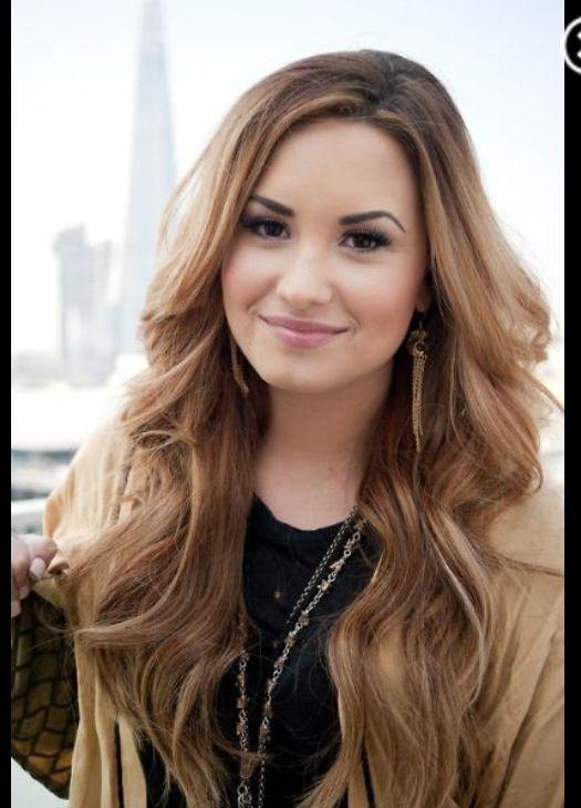 Love Demi's hair..