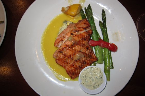 Wild salmon with risotto and asparagus at Seasons 52.