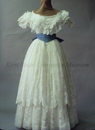1850s era dress from Kent State Museum