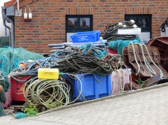 Utensilien der Fischer im Hafen von Maasholm, Foto: S. Hopp