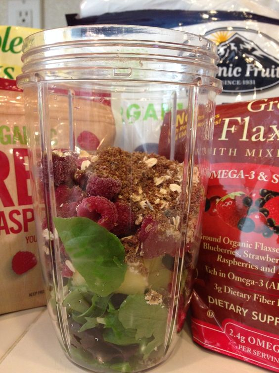 Raspberry, Blueberry, Pineapple, Oat, and Ground Flax Seed