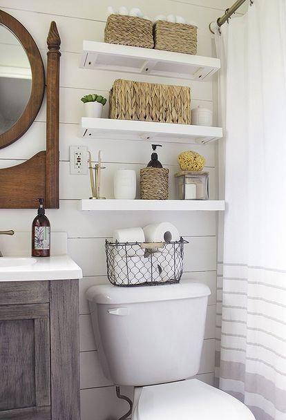 Bano Arriba Me Gustan Los Estantes Arriba Del Inodoro Topbathroomstorage Bathroom Makeovers On A Budget Master Bathroom Makeover Small Master Bathroom Bathroom diy cosmetic makeover advice