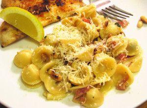 Prosciutto sage cream sauce | Macaronies | Pinterest | Prosciutto ...