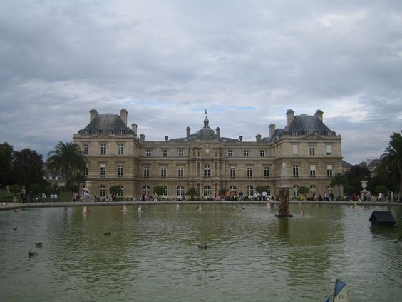 Jielbeaumadier_palais_du_luxembourg_paris_2006.jpg (2272×1704)