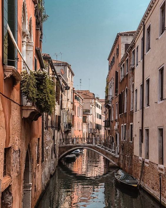 Are you heading to Italy then you must find the best things to do and see in Venice! #italy #venice #travel