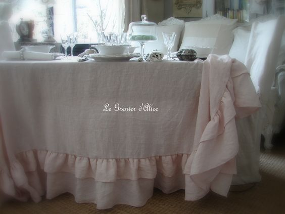 romantique shabby and nappes on pinterest. Black Bedroom Furniture Sets. Home Design Ideas