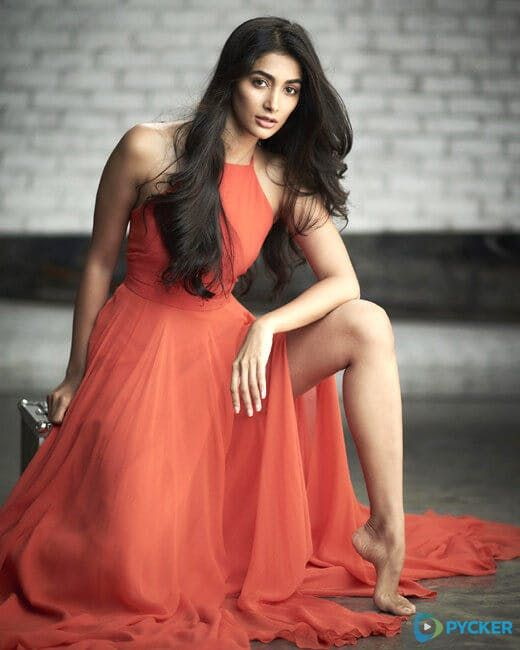 Pooja Hegde  IMAGES, GIF, ANIMATED GIF, WALLPAPER, STICKER FOR WHATSAPP & FACEBOOK