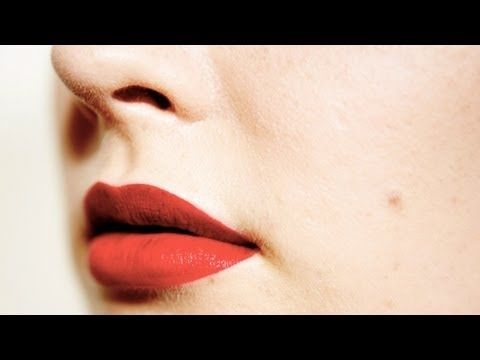 Lipstick application: Rock a red lip!