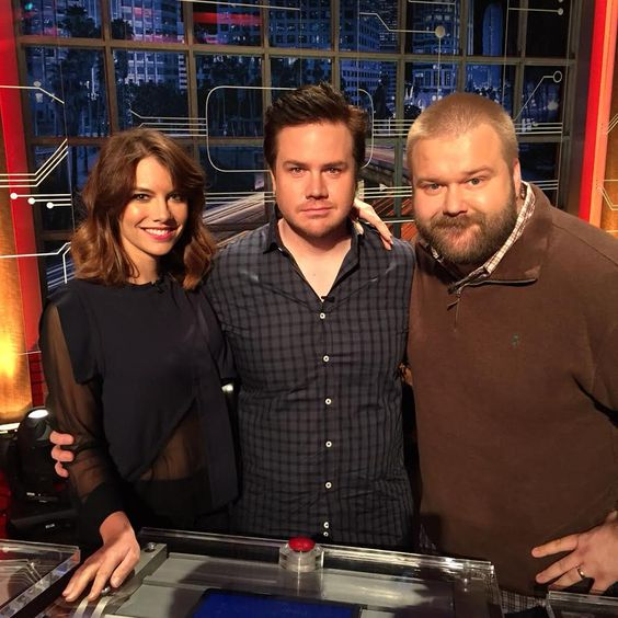 """Tonight on @midnight we've got @WalkingDead_AMC's @LaurenCohan @JoshMcDermitt and @RobertKirkman IN THE FLESH!!! """