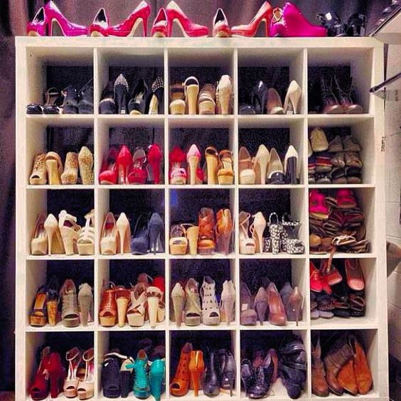 Which one would you choose? #shoeproblems http://www.epicee.com