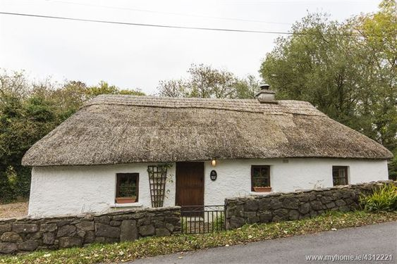 Briar Rose Cottage Aglish Waterford 2 Bed Asking Price 185 000 Brought To Market By Clare Connolly Estate A Rose Cottage Ireland Cottage Thatched Cottage