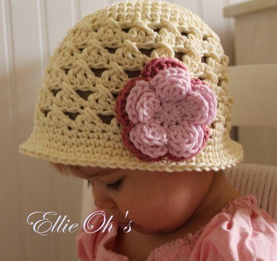 Crochet Cloche / Sunhat - great design  & flower