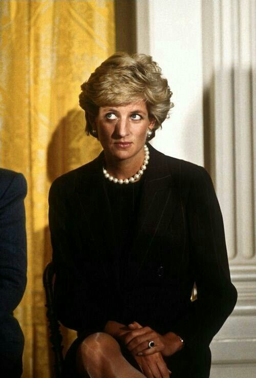 Diana at a White House event on 24=September, 1996, in D.C. Diana was a guess of First Lady Hillary Clinton at a fund-raising breakfast to aide breast cancer research