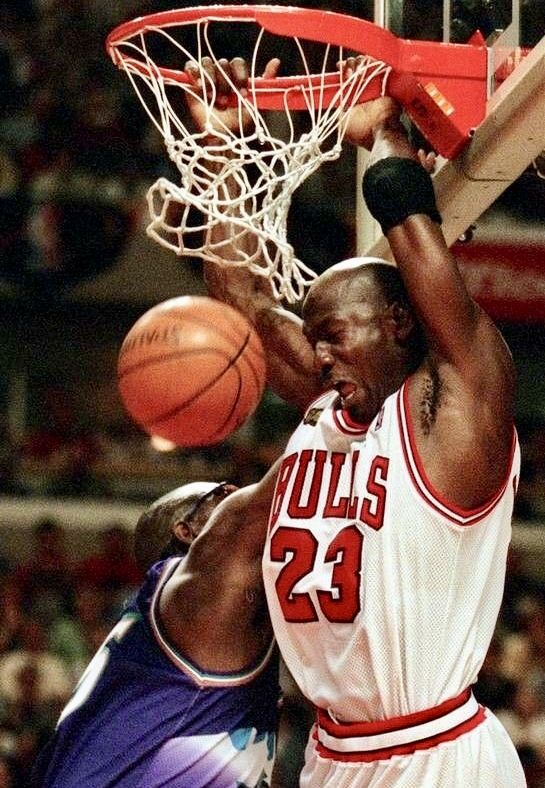 Michaeljordan Karlmalone Chicagobulls Utahjazz Nba Michael Jordan Michael Jordan Highlights Michael Jordan Pictures