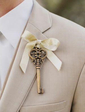 Antique Key Boutonnieres -Unique Boutonnieres   Boutonnieres Ideas   Boutonnieres Alternatives   Dream Wedding   Groom Fashion   Inspiration at www.EventDazzle.com