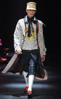 Dresscamp 2014-'15 A/W TOKYO COLLECTION ヴィスコンティ映画のような世界を描いた「ドレスキャンプ」 | FASHION|ファッション、ビューティ、カルチャーなどの厳選した情報をお届け! 装苑ONLINE