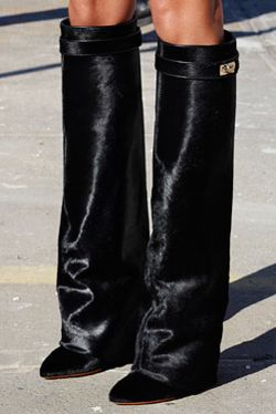Givenchy boots..adore!